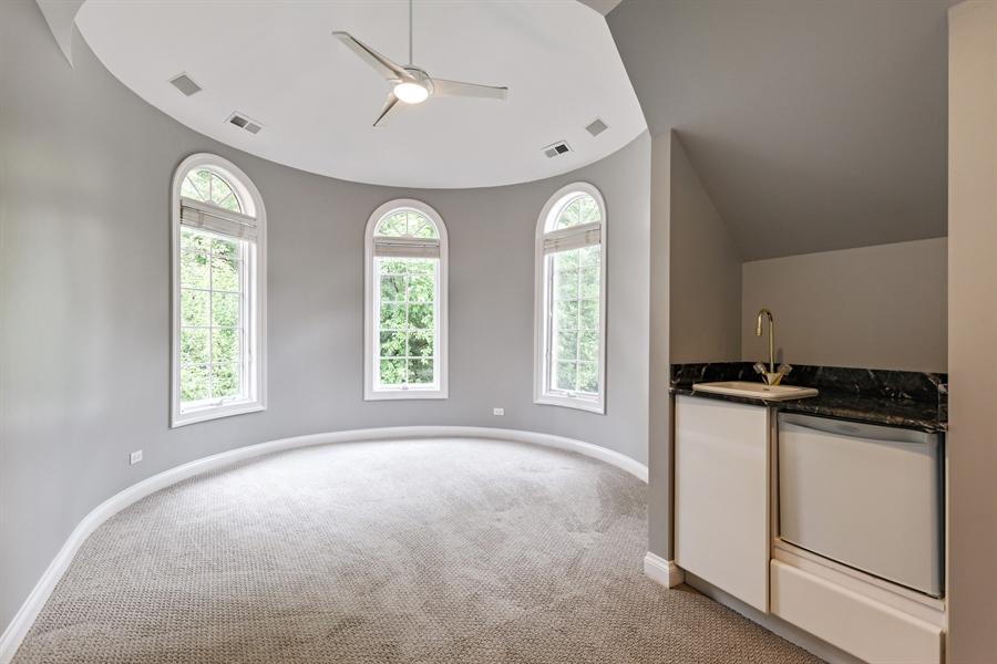 Real Estate Photography - 839 Bob O Link Rd, Highland Park, IL, 60035 - Sitting Room