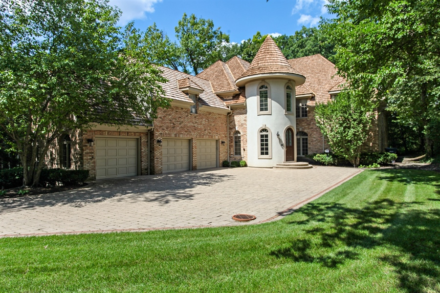Real Estate Photography - 839 Bob O Link Rd, Highland Park, IL, 60035 - Front View
