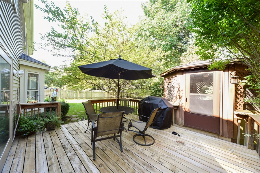 Real Estate Photography - 224 Lexington ave, Fox River Grove, IL, 60021 - Deck