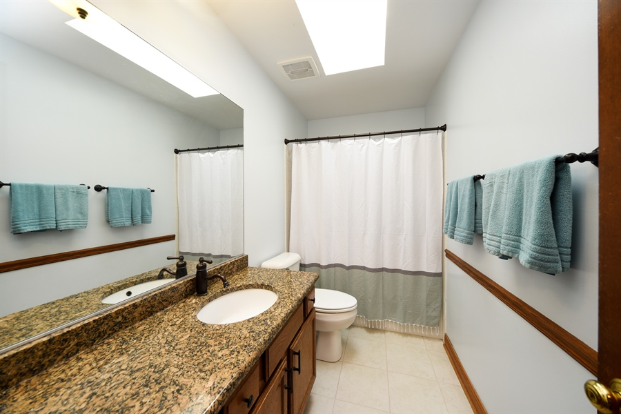 Real Estate Photography - 224 Lexington ave, Fox River Grove, IL, 60021 - 2nd Bathroom