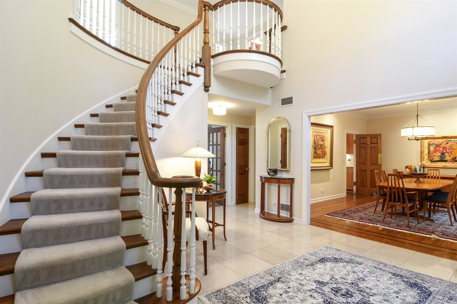 Real Estate Photography - 5443 Forrest Trail, Long Grove, IL, 60047 - Foyer