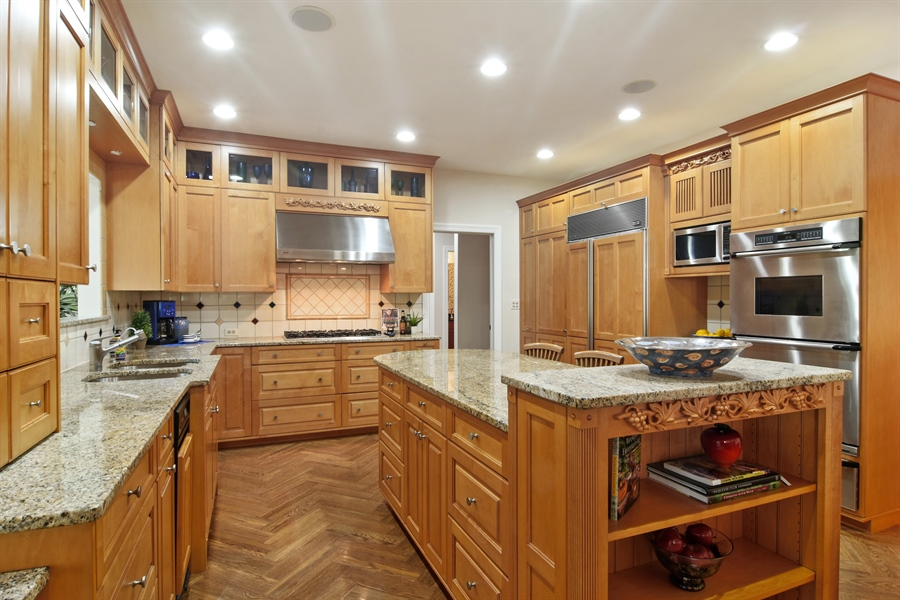 Real Estate Photography - 5443 Forrest Trail, Long Grove, IL, 60047 - Kitchen