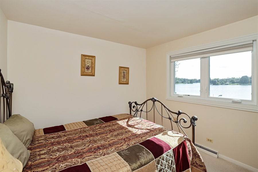 Real Estate Photography - 404 N Beck, Lindenhurst, IL, 60046 - 2nd Bedroom