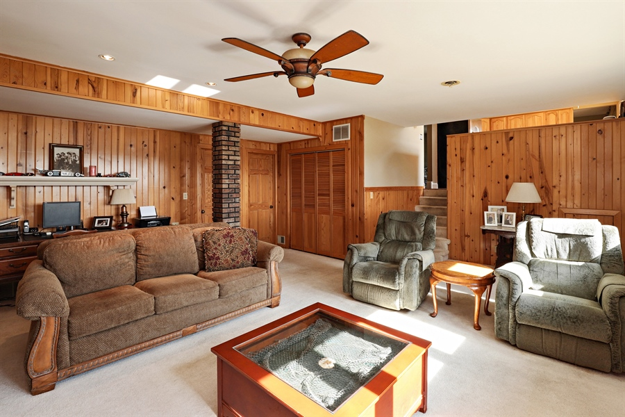 Real Estate Photography - 404 N Beck, Lindenhurst, IL, 60046 - Recreational Room
