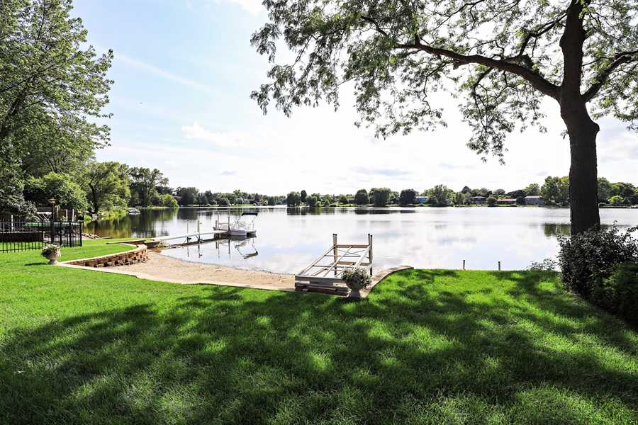 Real Estate Photography - 404 N Beck, Lindenhurst, IL, 60046 - Lake View