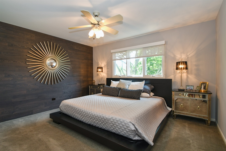 Real Estate Photography - 30 Golf View Lane, Frankfort, IL, 60423 - 2nd Bedroom