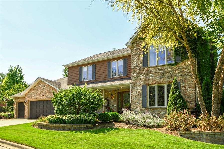 Real Estate Photography - 30 Golf View Lane, Frankfort, IL, 60423 - Front View