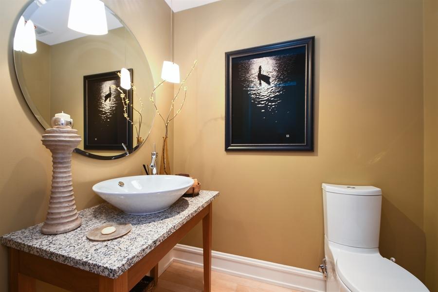 Real Estate Photography - 30 Golf View Lane, Frankfort, IL, 60423 - Half Bath