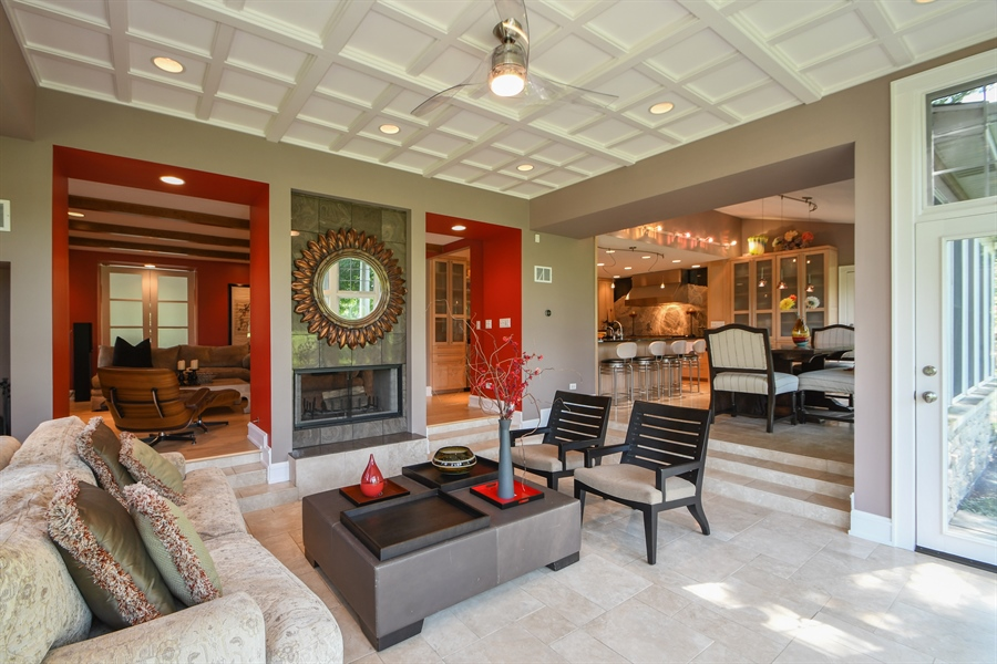 Real Estate Photography - 30 Golf View Lane, Frankfort, IL, 60423 - Sunroom