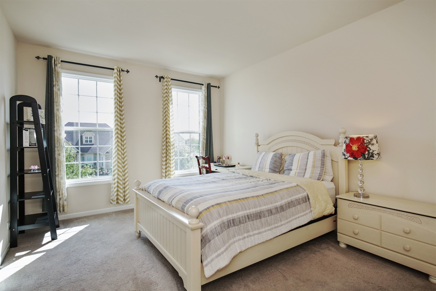 Real Estate Photography - 189 Trumpet Vine Cir., Elgin, IL, 60124 - 2nd Bedroom