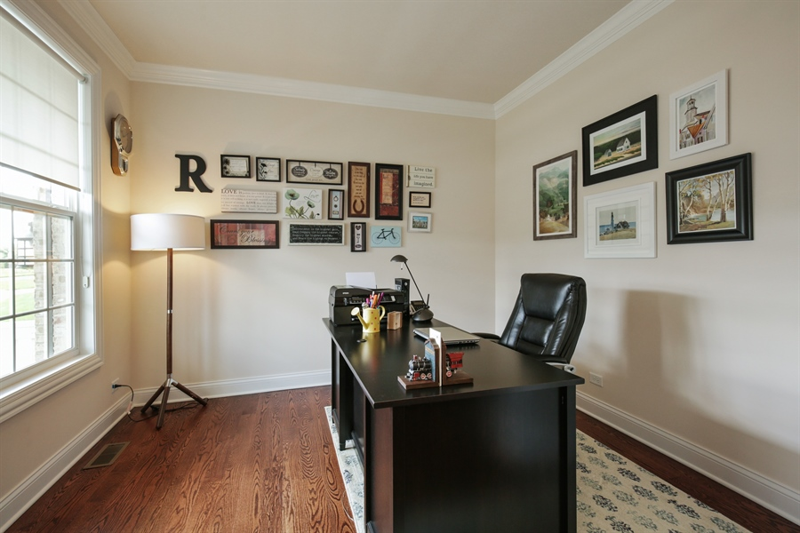 Real Estate Photography - 189 Trumpet Vine Cir., Elgin, IL, 60124 - Office