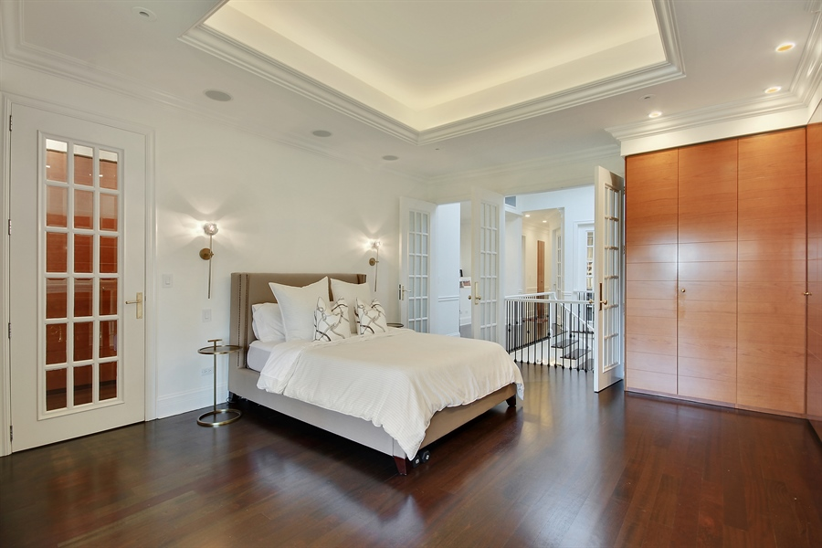 Real Estate Photography - 39 E Schiller Street, Unit 4W, Chicago, IL, 60610 - Master Bedroom