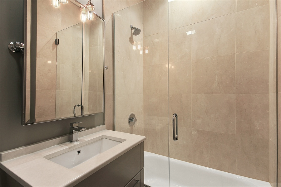 Real Estate Photography - 39 E Schiller Street, Unit 4W, Chicago, IL, 60610 - 2nd Bathroom