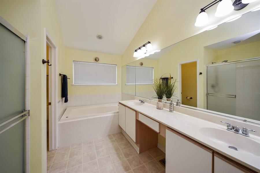 Real Estate Photography - 493 Gatewood Ln, Grayslake, IL, 60030 - Master Bathroom