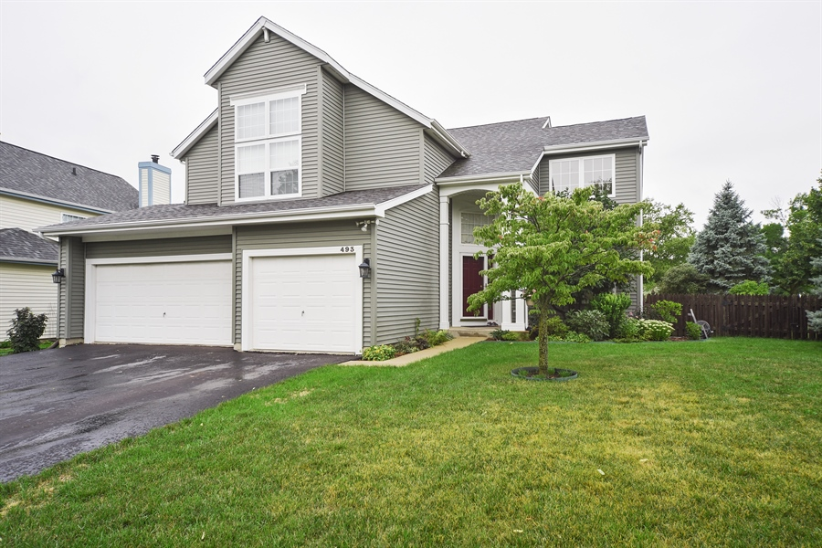Real Estate Photography - 493 Gatewood Ln, Grayslake, IL, 60030 - Front View