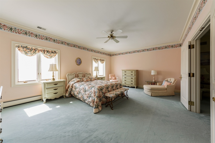 Real Estate Photography - 215 Dundee Rd, Barrington Hills, IL, 60010 - 2nd Bedroom