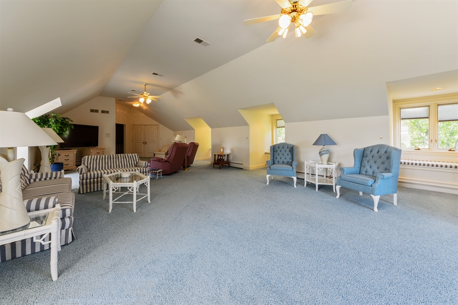 Real Estate Photography - 215 Dundee Rd, Barrington Hills, IL, 60010 - Bonus Room