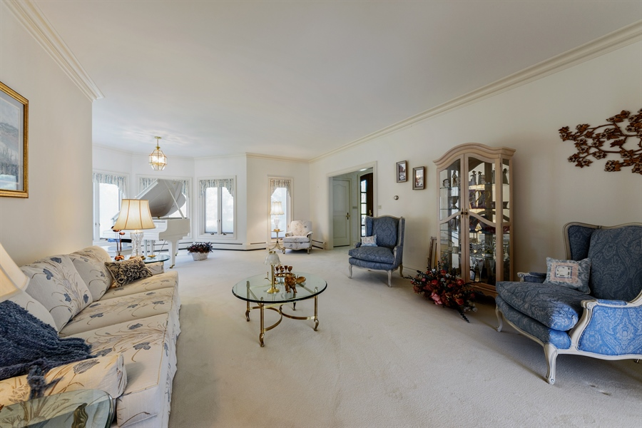 Real Estate Photography - 215 Dundee Rd, Barrington Hills, IL, 60010 - Living Room