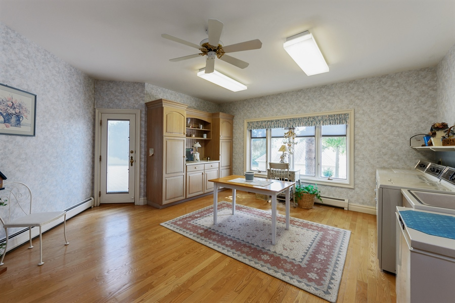 Real Estate Photography - 215 Dundee Rd, Barrington Hills, IL, 60010 - Mudroom
