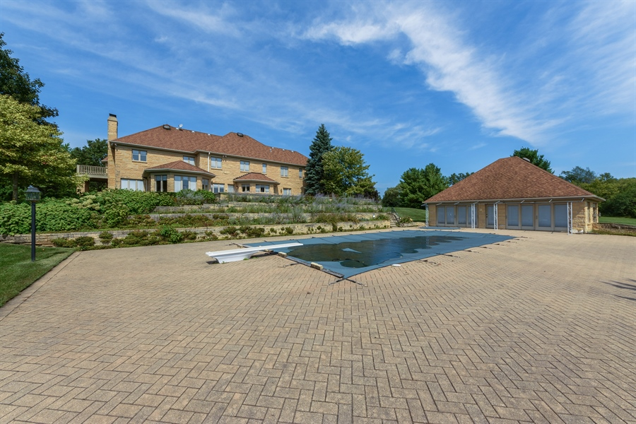 Real Estate Photography - 215 Dundee Rd, Barrington Hills, IL, 60010 - Pool
