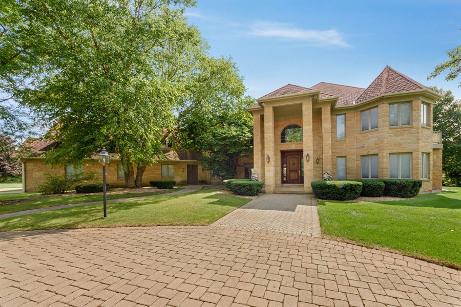 Real Estate Photography - 215 Dundee Rd, Barrington Hills, IL, 60010 - Front View