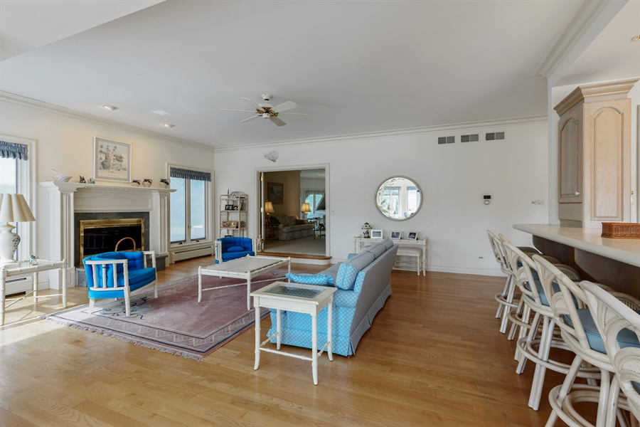 Real Estate Photography - 215 Dundee Rd, Barrington Hills, IL, 60010 - Family Room / Kitchen