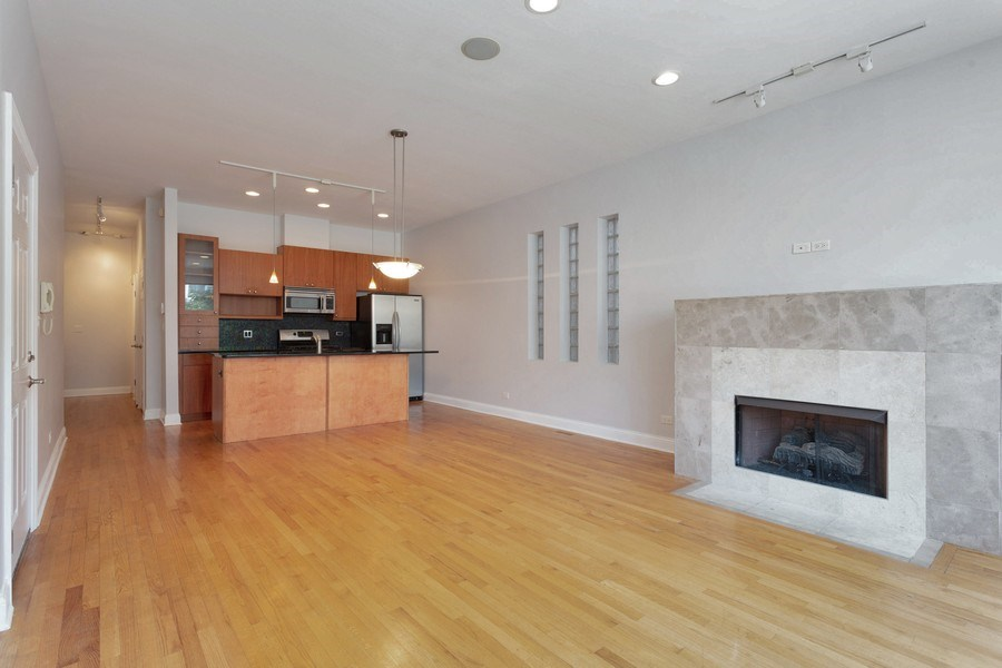 Real Estate Photography - 1257 E 46th St., 101W, Chicago, IL, 60653 - Living Room