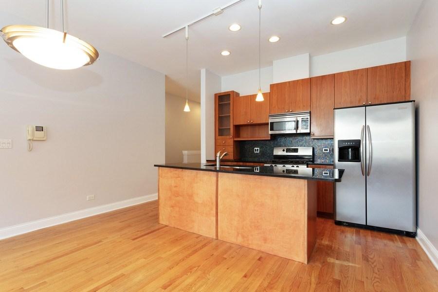 Real Estate Photography - 1257 E 46th St., 101W, Chicago, IL, 60653 - Kitchen