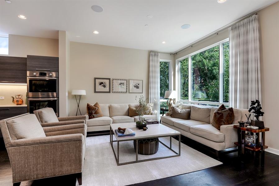 Real Estate Photography - 1133 Leonard Place, Evanston, IL, 60201 - Living Room