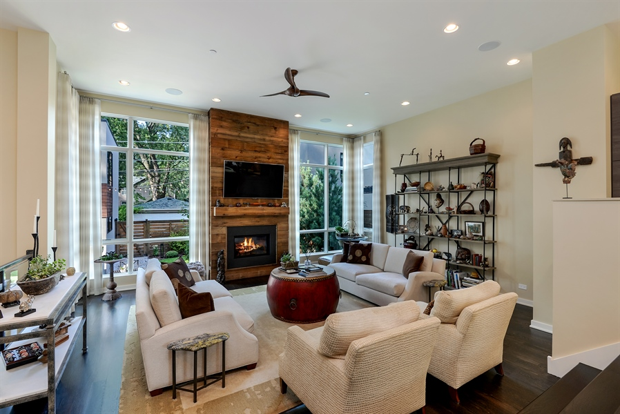 Real Estate Photography - 1133 Leonard Place, Evanston, IL, 60201 - Family Room