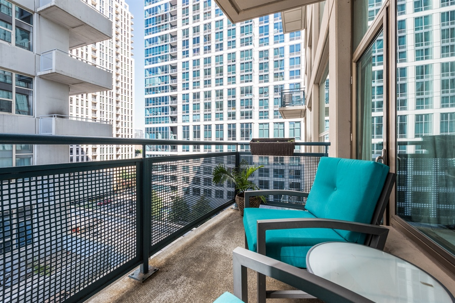 Real Estate Photography - 125 E 13th St, 615, Chicago, IL, 60605 - Balcony
