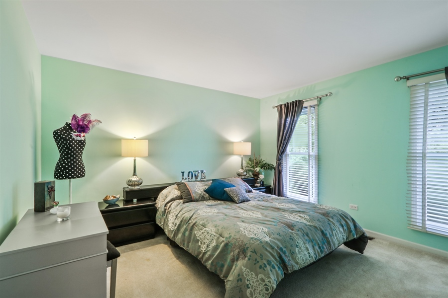 Real Estate Photography - 12390 W Quassey, Lake Bluff, IL, 60044 - 2nd Bedroom