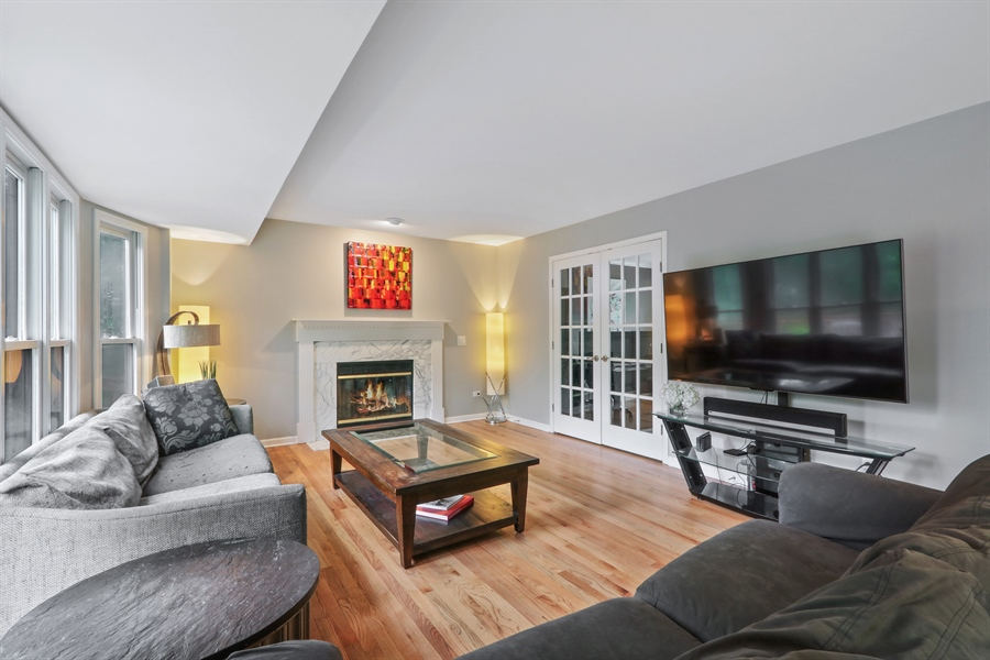 Real Estate Photography - 12390 W Quassey, Lake Bluff, IL, 60044 - Family Room