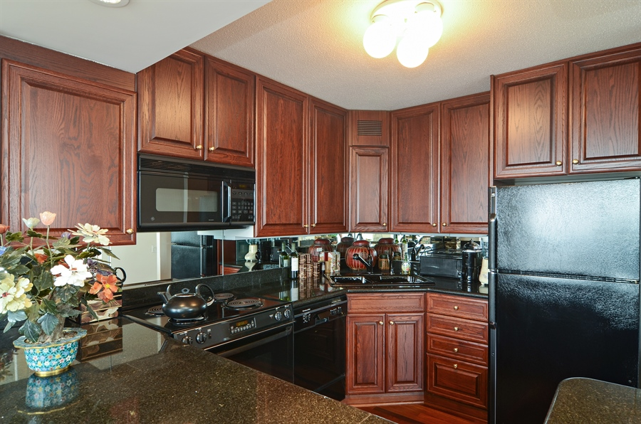 Real Estate Photography - 405 N Wabash, Unit 4404, Chicago, IL, 60611 - Kitchen