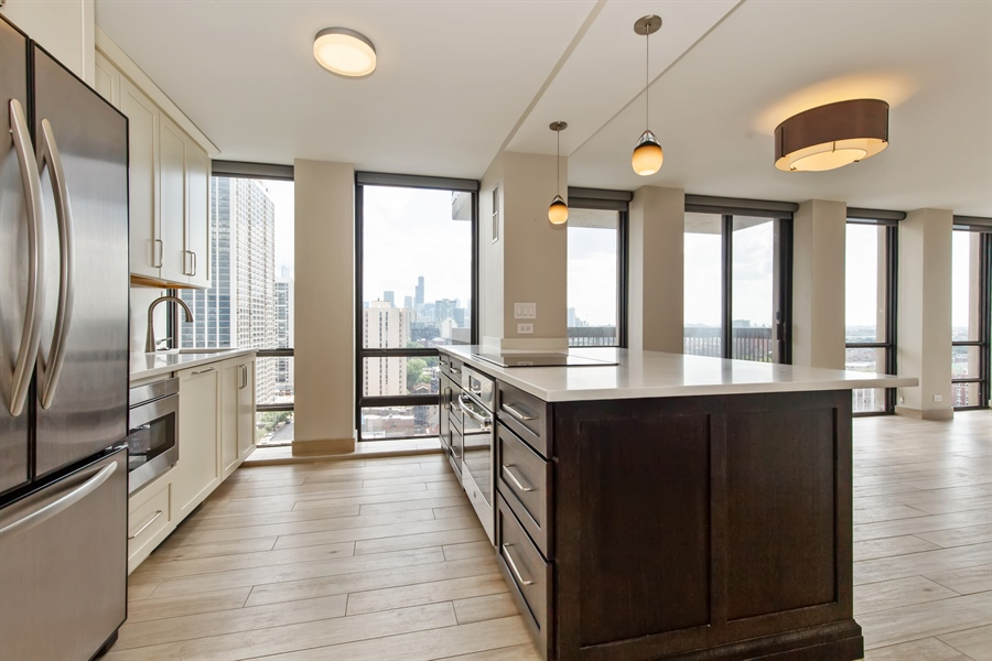 Real Estate Photography - 1660 N Lasalle Dr, 1702, Chicago, IL, 60614 - Kitchen