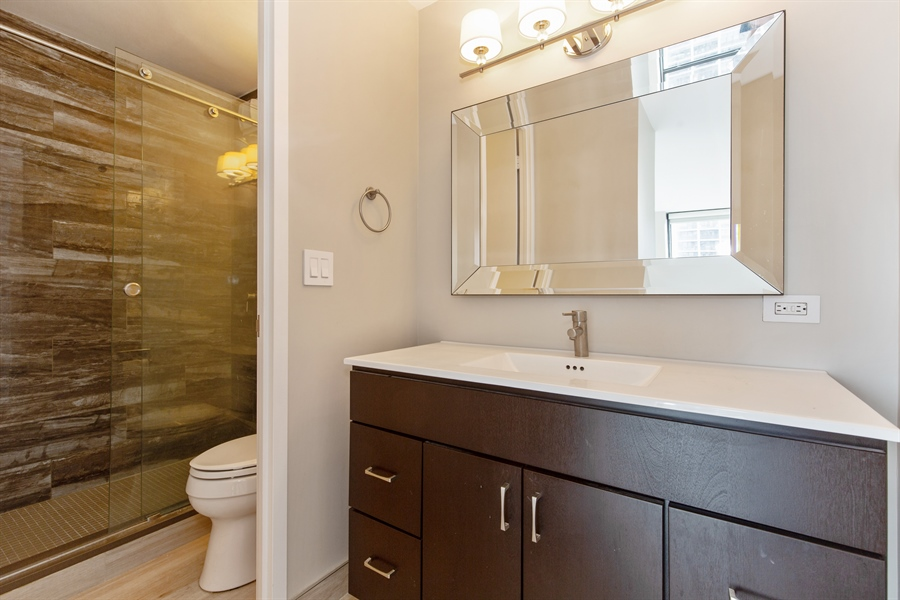 Real Estate Photography - 1660 N Lasalle Dr, 1702, Chicago, IL, 60614 - Bathroom