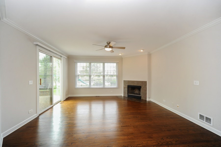 Real Estate Photography - 2100 Thistle Rd, Glenview, IL, 60026 - Family Room