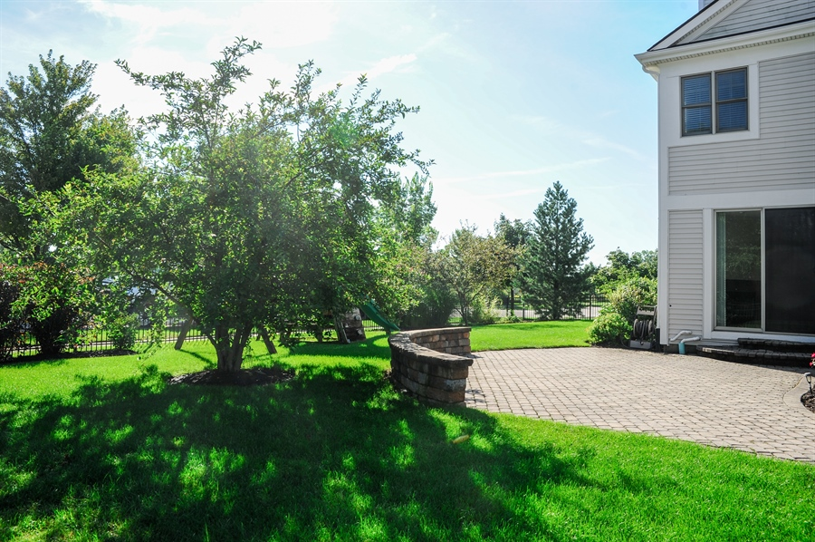 Real Estate Photography - 2100 Thistle Rd, Glenview, IL, 60026 - Patio