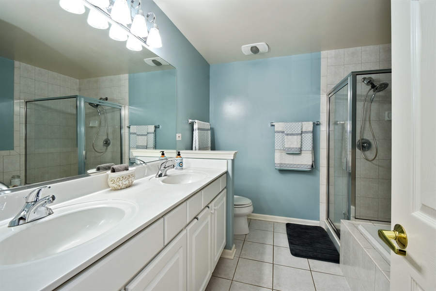 Real Estate Photography - 1214 Christine, Vernon Hills, IL, 60061 - Master Bathroom