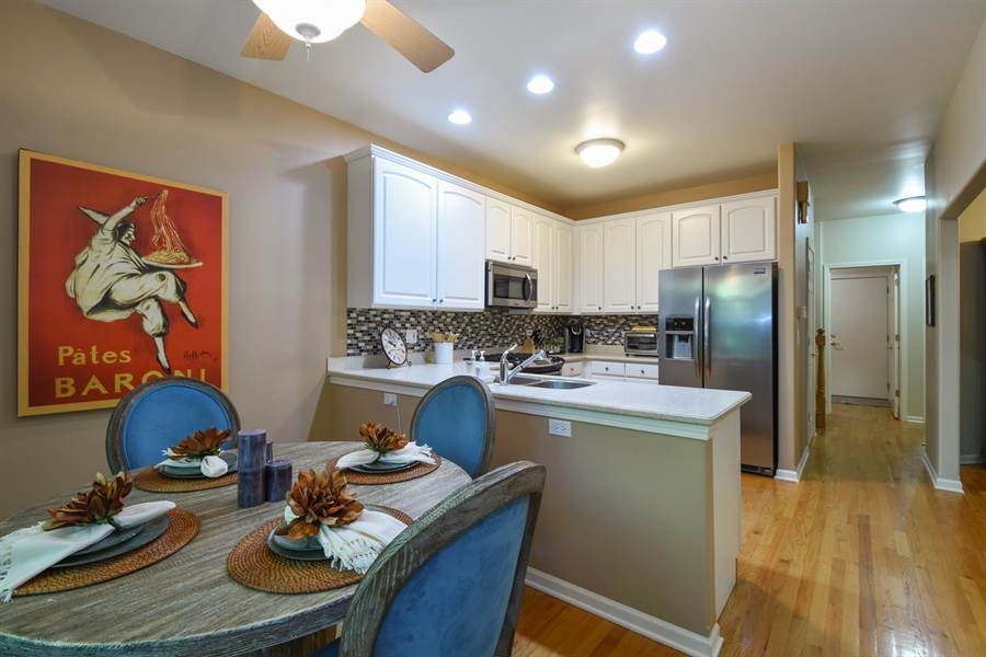 Real Estate Photography - 1214 Christine, Vernon Hills, IL, 60061 - Eat-In Kitchen