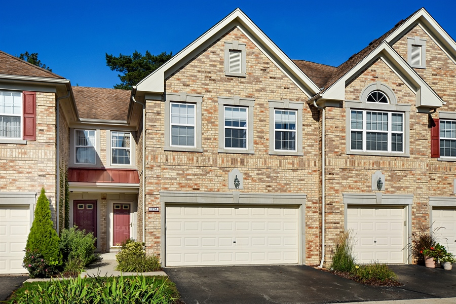 Real Estate Photography - 1214 Christine, Vernon Hills, IL, 60061 - Front View