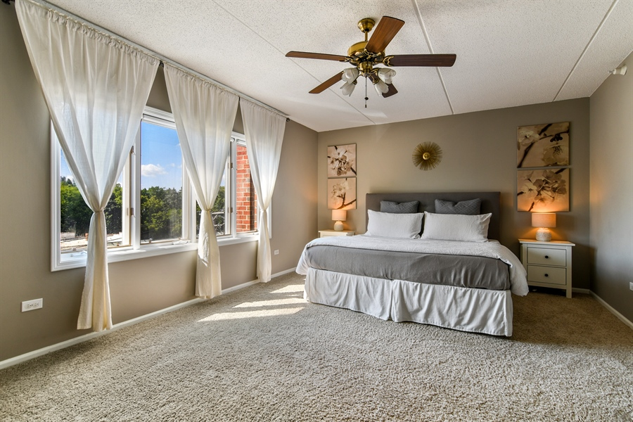 Real Estate Photography - 1325 Perry St, Unit 405, Des Plaines, IL, 60016 - Master Bedroom