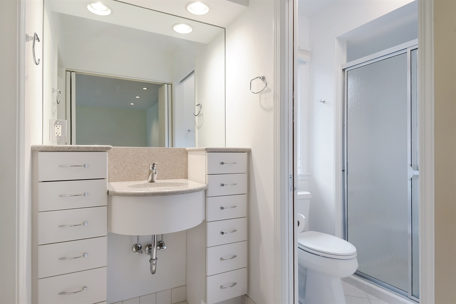 Real Estate Photography - 880 North Ave, Deerfield, IL, 60015 - Master Bathroom