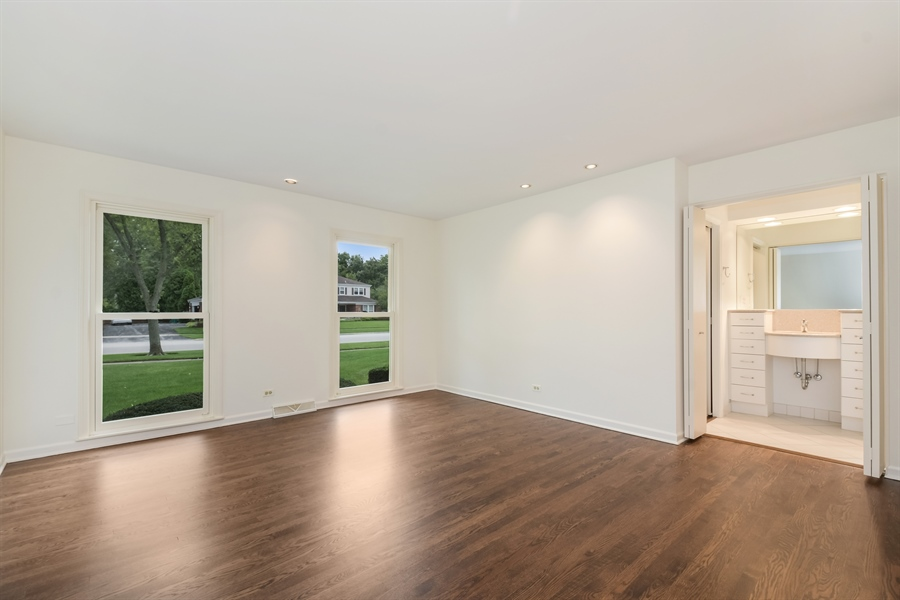Real Estate Photography - 880 North Ave, Deerfield, IL, 60015 - Master Bedroom