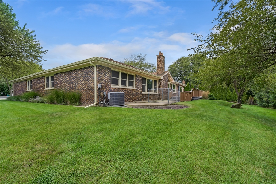 Real Estate Photography - 880 North Ave, Deerfield, IL, 60015 - Rear View