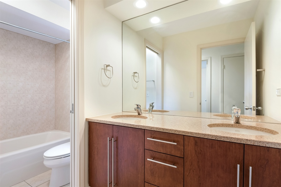 Real Estate Photography - 880 North Ave, Deerfield, IL, 60015 - Bathroom