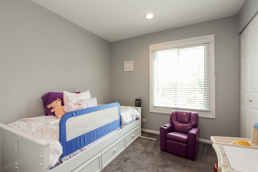 Real Estate Photography - 1003 Hayes Court, Vernon Hills, IL, 60061 - 2nd Bedroom