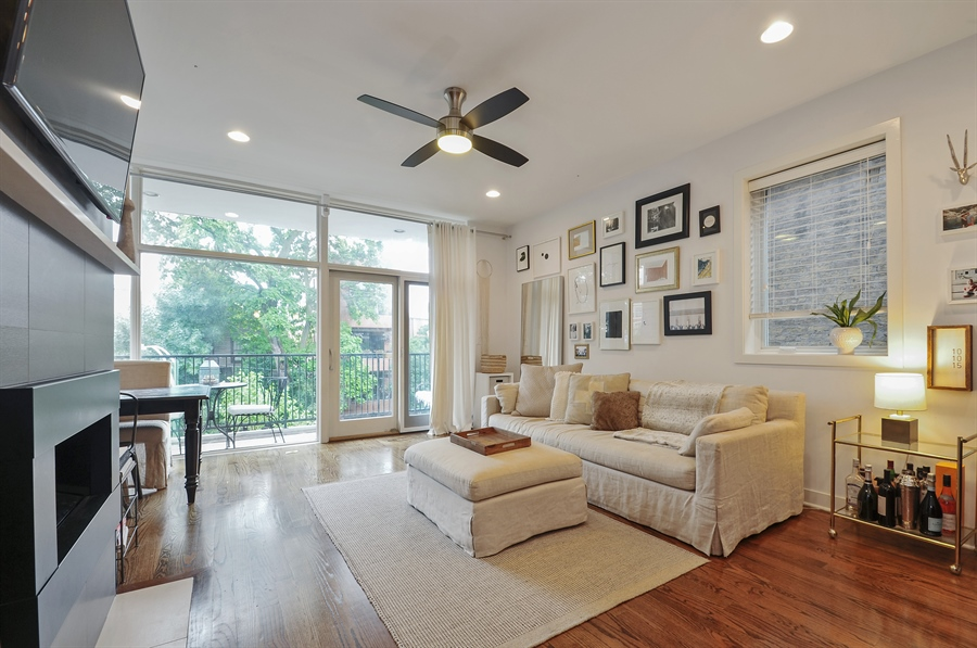 Real Estate Photography - 1542 N Artesian, 2, Chicago, IL, 60622 - Living Room