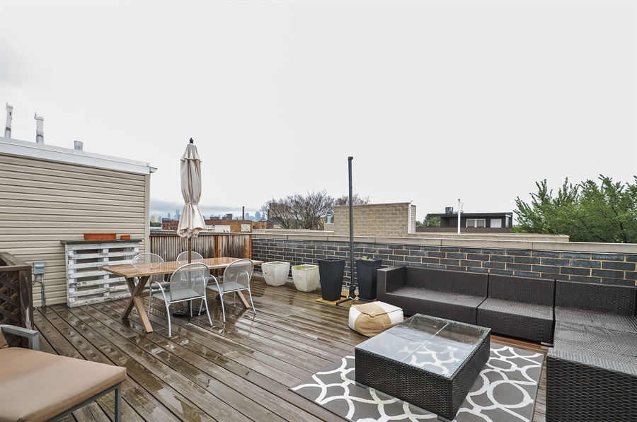Real Estate Photography - 1542 N Artesian, 2, Chicago, IL, 60622 - Roof Deck