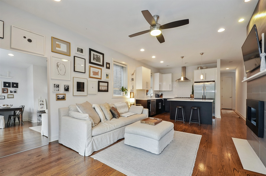 Real Estate Photography - 1542 N Artesian, 2, Chicago, IL, 60622 - Kitchen / Living Room